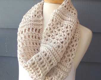 PATTERN C-080 / Crochet Pattern/ Clarice Cowl ... worsted 300 yards