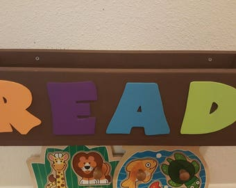 Little kids bookshelf created by TheFurbeeWorkshop