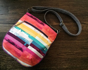 Small Rounded Adjustable Crossbody Tote Bag - Rainbow Prism Stripe