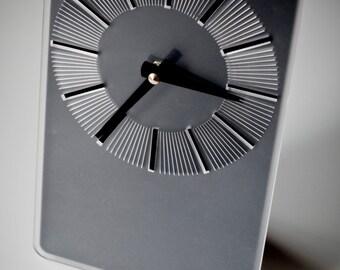 Standing Clock - Black