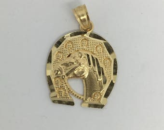 14K Yellow Gold Horse Shoe Pendant