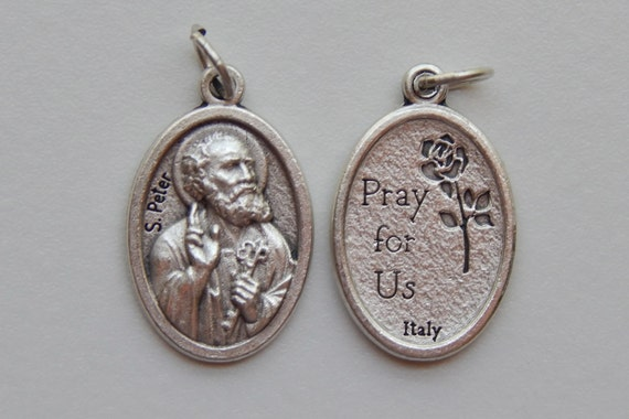 5 Patron Saint Medal Findings, S. Peter, Die Cast Silverplate, Silver Color, Oxidized Metal, Made in Italy, Charm, Drop, Religious