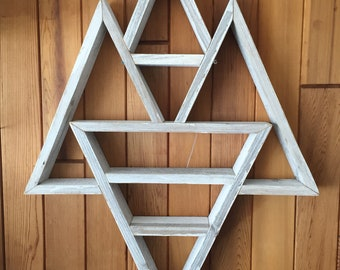 Triple Peak Geometric shelf w/single reverse flip