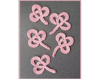 crochet flower pattern,detailed tutorial,crochet embelishment,crochet brooch,crochet pin pattern,crochet decor pattern,irish crochet motifs