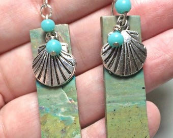 Beach shell earrings, Dangle drop Earrings, Ocean Earrings, Beach Earrings, seashell, boho beach jewelry, polymer clay