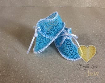 Handmade embroidered  crib shoes. Fsl. 0-3 months. Any colour. Wedding, christening, baby shower, gift.