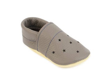 Leather kid's slipper / House Shoes / Star punch summer loafers / Eco-friendly rescued leather / Feet shaped barefoot moccasins / girl boy