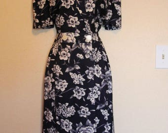 Leslie Fay Dark Blue Floral Day Dress Size 8 Petites Wrap Style