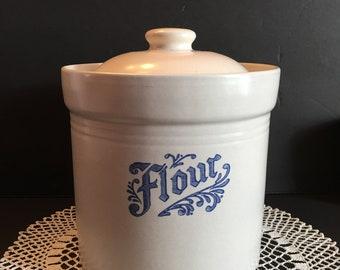 Pfaltzgraff Yorktowne Flour Canister ~ Blue and Gray ~ Farmhouse Kitchen ~ Vintage