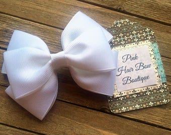 White hair bow , 4 inch hair bow , white boutique hair bow , toddler hair bow , hair bows for girls