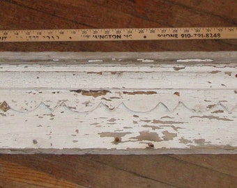 Antique Victorian Salvaged Window Pediment Header Old Chippy Paint Shabby 1880s