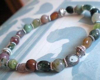 BRACELET MALA  *Nuances de Vert/Vieux Rose et perles argenté* 6 mm
