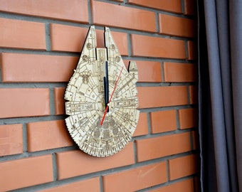 Millenium Falcon Wooden Wall Clock Large Unique Wood Star Wars gift Home decor Original Gift for Him Boyfriend Friend Dorm decor