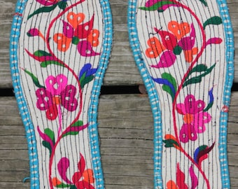 Chinese Embroidered Insoles, Embroidered Footwear, Chinese Embroidery, Embroidered Flowers, Hummingbirds, Birds, Butterflies