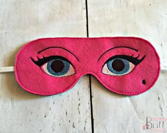 Blue eyed sleeping mask