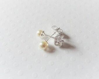 Wedding, Stud Earrings on bridal earrings, swarovski pearls 4mm, 925 sterling silver, Stud Earrings choice of color