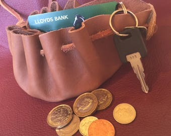 Small bucket purse