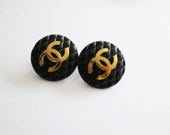 Vintage Authentic Chanel CC logo Clip-on Earrings 93P