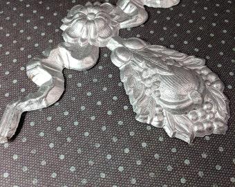1800s Silver Antique Paper German Original  Flower Leaf Scroll Swag Ribbon paper ephemera Scrap scrapbooking supply  photo prop