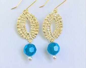 Filigree Earrings,Bridal Earrings,Swarovski Pearl Earrings, Bridesmaid Earrings,Gold Earrings