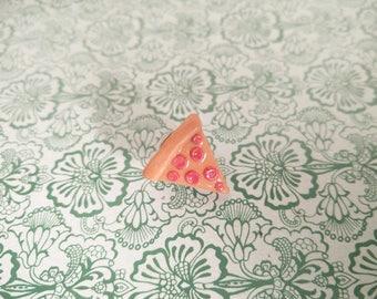 Pins salami pizza