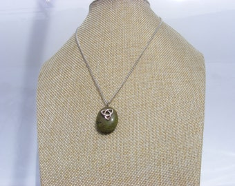 Celtic Trinity Knot Irish Beach Pebble Necklace