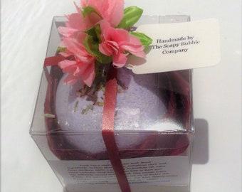 Lavender scented Bath Bomb