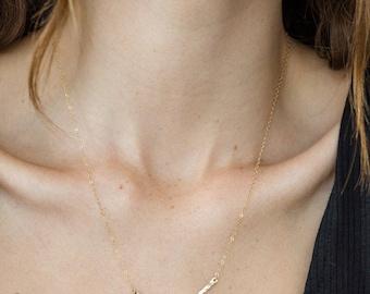 Curved Necklace, Arc Necklace, Dainty Necklace, Hammered Necklace, Textured Necklace, Minimalist Jewelry, Gold Chain Neckalace