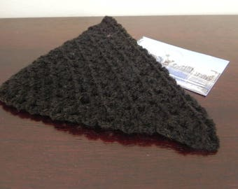 1 black shawl knitted doll handmade measuring 15 cm square