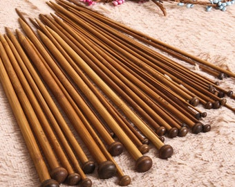 1 pair of needles is 25cm 18 sizes of 2.0 mm has 10.0 mm bamboo