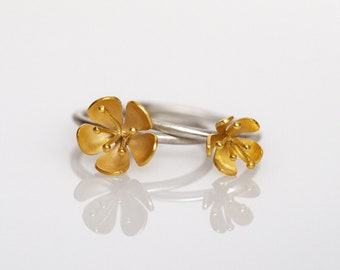 Buttercup ring stacking pair