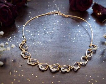 Delicate Handmade Beads Necklace