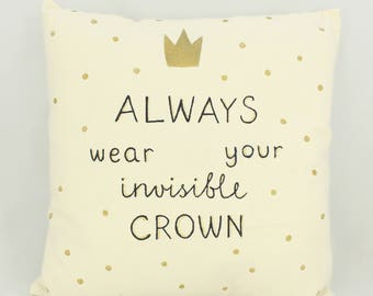 Invisible crown pillow
