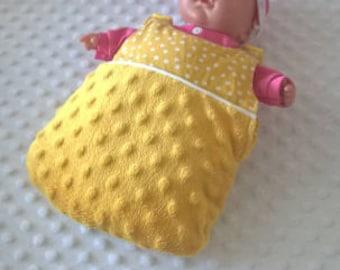 Yellow doll sleeping bag, doll, doll sleeping bag accessories, accessories, baby girl toy made girl doll sleeping bag, hand