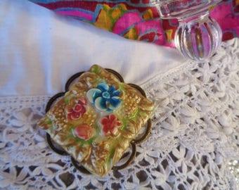 """A ceramic Cabochon pendant, ceramic cabochon """"flowers"""" pendant cermique"""