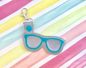 Glasses Snap Tab Embroidery Digital File Instant Download key fob, machine embroidery design, in the hoop