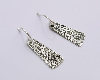 Handmade Sterling Silberohrringe, Sterling Silber Blumen Ohrringe, Blumen Ohrringe, lange silberne Ohrringe baumeln