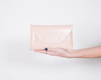 Natural Large Clutch