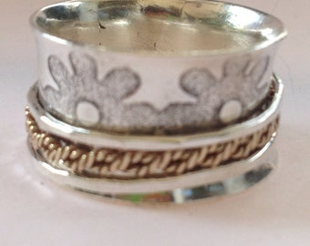 spinning ring daisies and twists of gold  size made to order