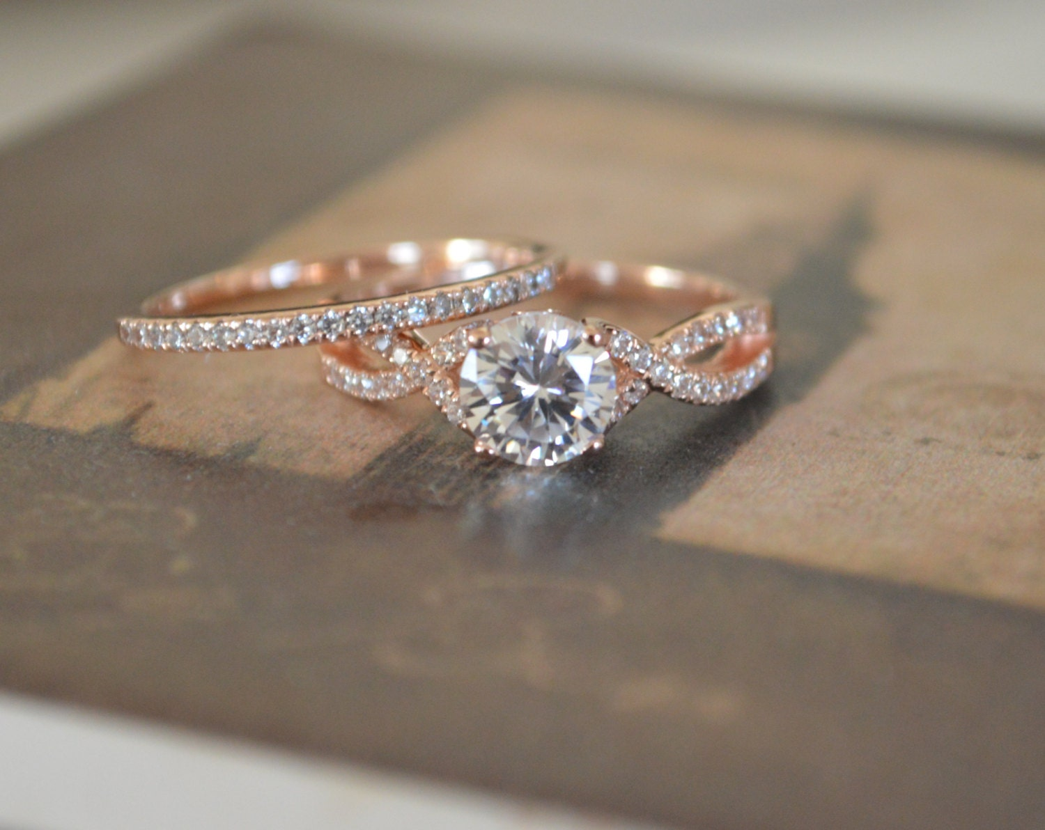 center j infinity pave shank and set carat a twisting gold with engagement i com diamond dp ring amazon split
