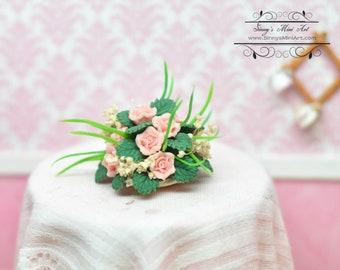 1:12 Dollhouse Miniature Pink Floral Centerpiece/ Miniature Floral BD CP008