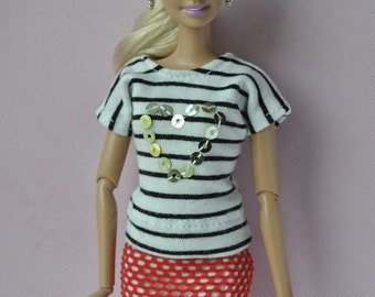 Handmade top and skirt for Barbie dolls
