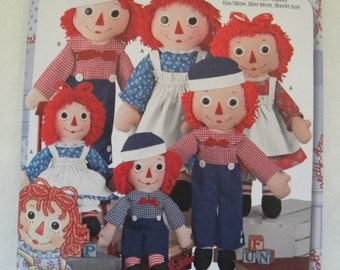 Raggedy Ann and Andy Simplicty Pattern for 15 inch, 26 inch and 36 inch dolls and the clothing to dress the dolls FREE US SHIPPING