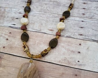 Quartz necklace | brown necklace | short necklace | gemstone necklace | necklaces for women | brown beaded necklace | bohemian jewelry