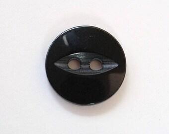 Button 14mm x 20 black 2 holes - 001539 fish eye