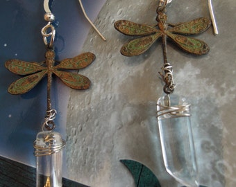 DRAGONGLY DREAMS, Authentic clear Crystal Quartz, wire wrapped, Patina, Verdi gris, Chandleier earrings