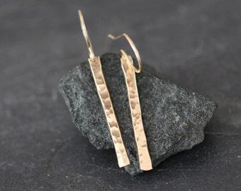 simple gold earrings, gold bar earrings, hammered bar earrings, everyday earrings, lightweight earrings, dangle bar earrings,