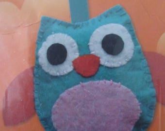 Kit for making an OWL - OWL Keyring in felt-