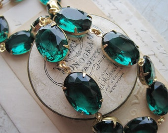 "emerald green statement necklace, Anna Wintour necklace, emerald green necklace, May birthstone necklace.  ""Gracious"""