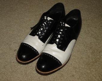 Vintage STACY ADAMS Cap Toe leather Dress Shoes 2 Tone Rockabilly 50s Sz 10.5 D